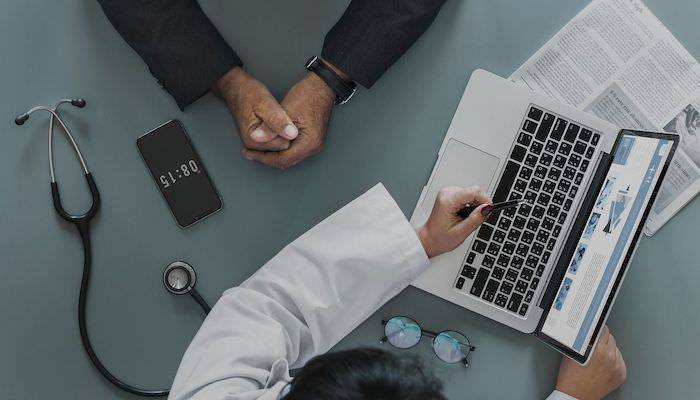 自律神經失調治療時,該如何評估是否需要換醫生?(中西醫適用)